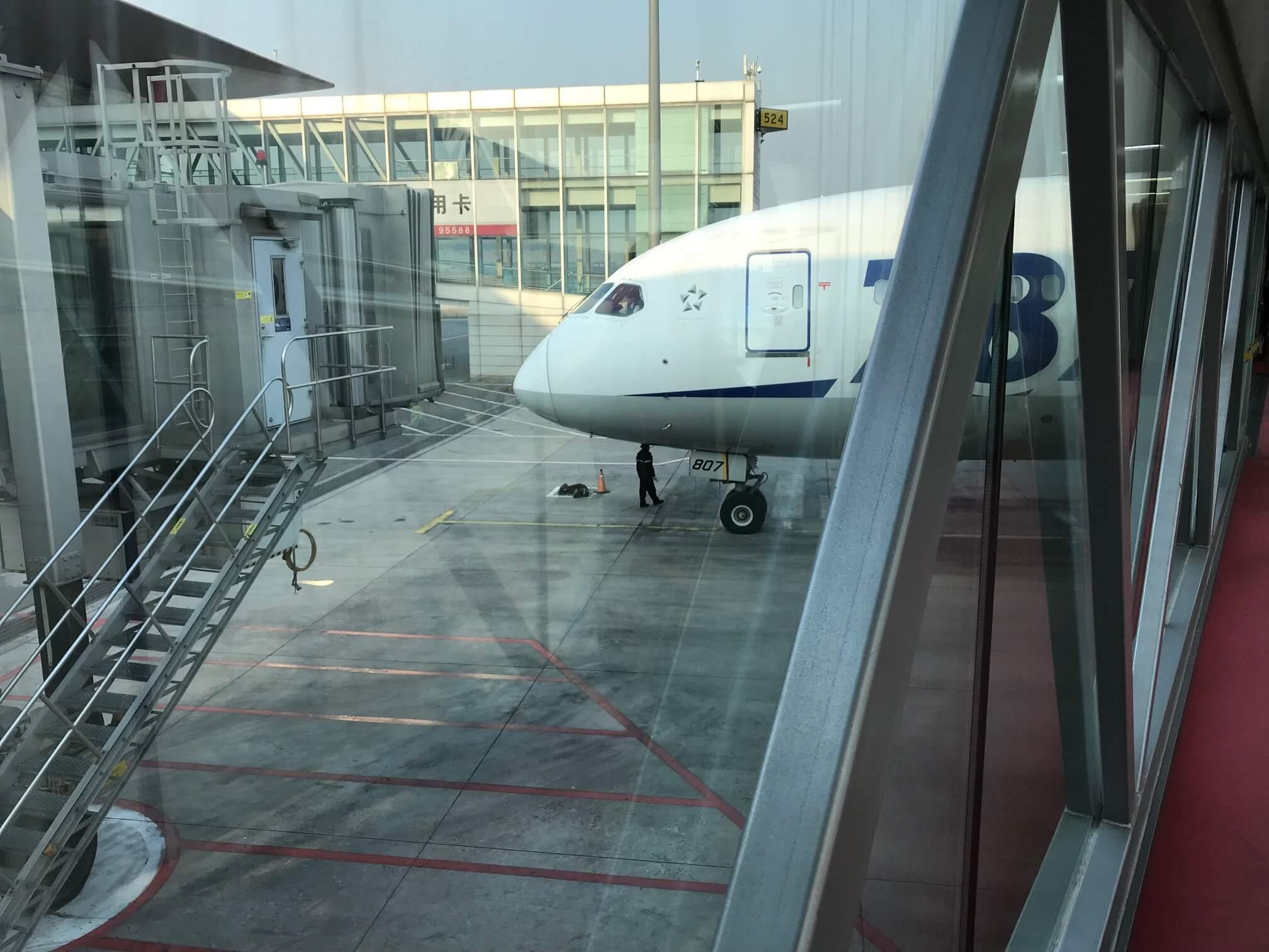 NH964 北京ー羽田